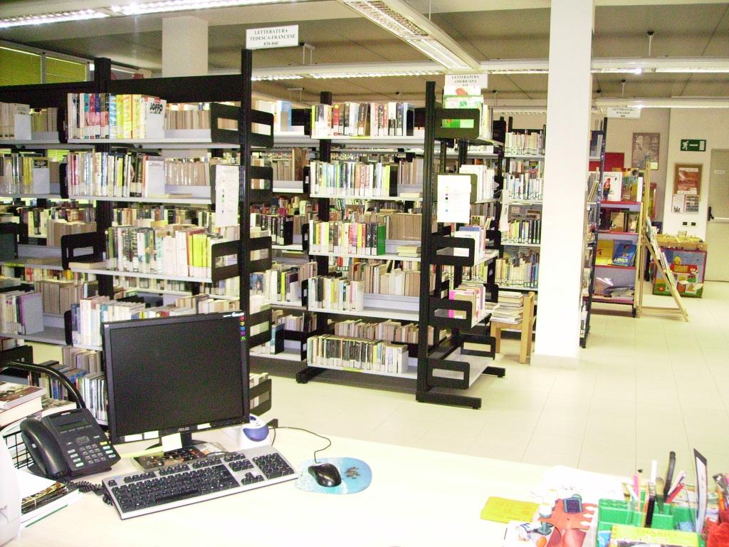 Chiusura al pubblico della biblioteca comunale